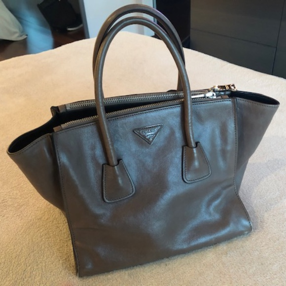 77216982adcb68 Prada Bags | Great Condition Twin Pocket Tote Glace Calf | Poshmark